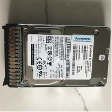00WG660 Жесткий диск Lenovo 1x300Gb SAS 15K Hot Swapp 2.5
